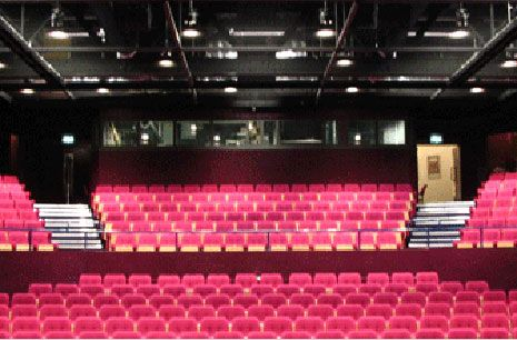 news rigging truss system installed national theatre otpd